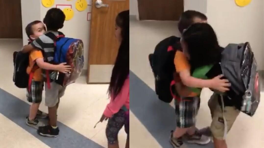 Nieśmiały chłopiec pokonuje własne bariery i po raz pierwszy wita się z klasą