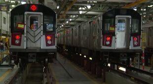 Dezynfekcja autobusów i metra w Nowym Jorku